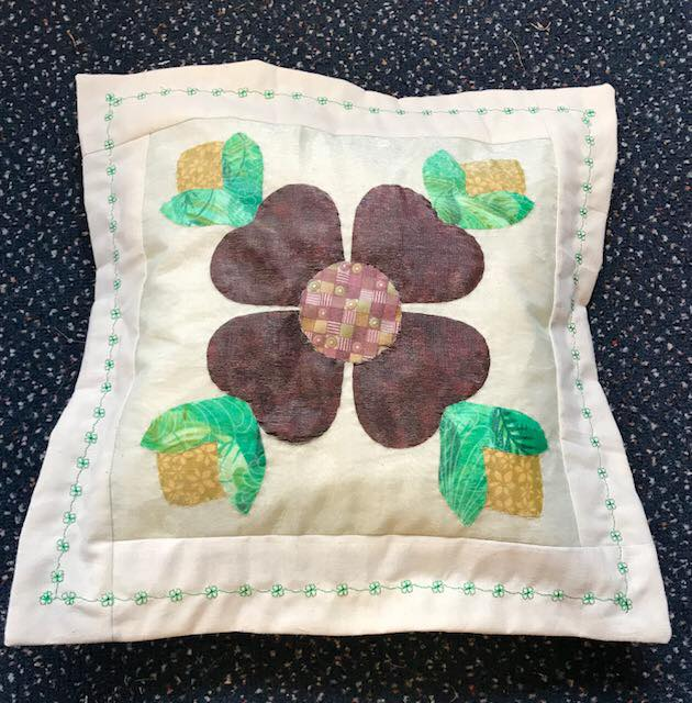 Picture of completed Rose of Shannon appliqué panel